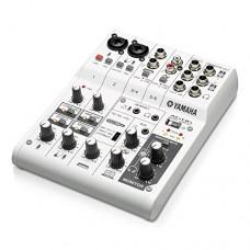 Yamaha AG06 Mixer 6 canali multifunzione con interfaccia audio USB Bianco