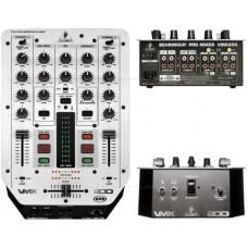 Mixer VMX200 Behringer